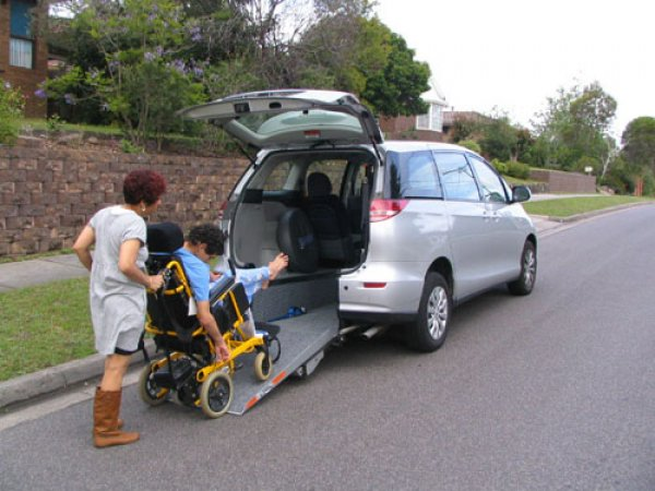 Freedom Motors Australia | Customer Testimonials - Wheelchair Accessible Vehicle Conversions - ../../dc/testimonials/bearne1.jpg
