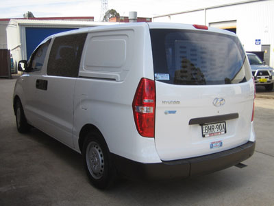 Hyundai iLoad wheelchair access vehicle - Rear closed view